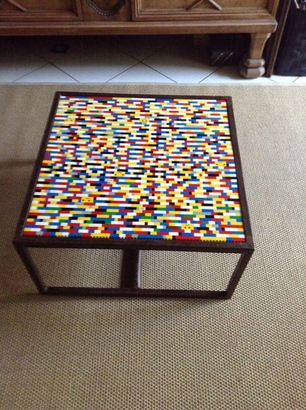 Table With Lego's • Recyclart