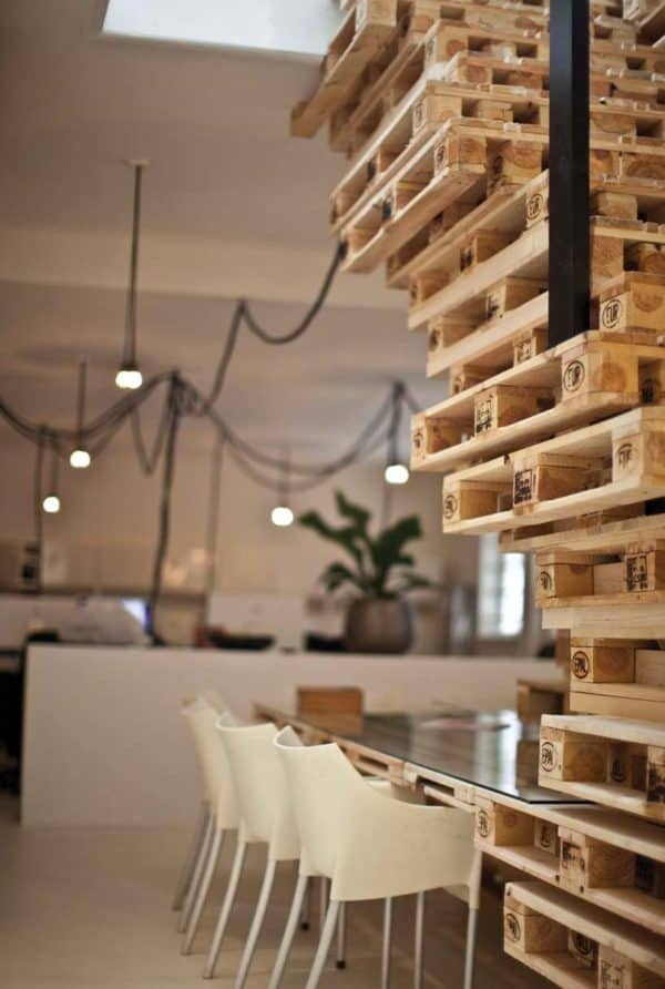 Modern Minimal Office Design With Repurposed Pallets Recycled Pallets