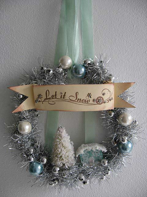 Reuse & Recycle Vintage Christmas Garlands Accessories Do-It-Yourself Ideas