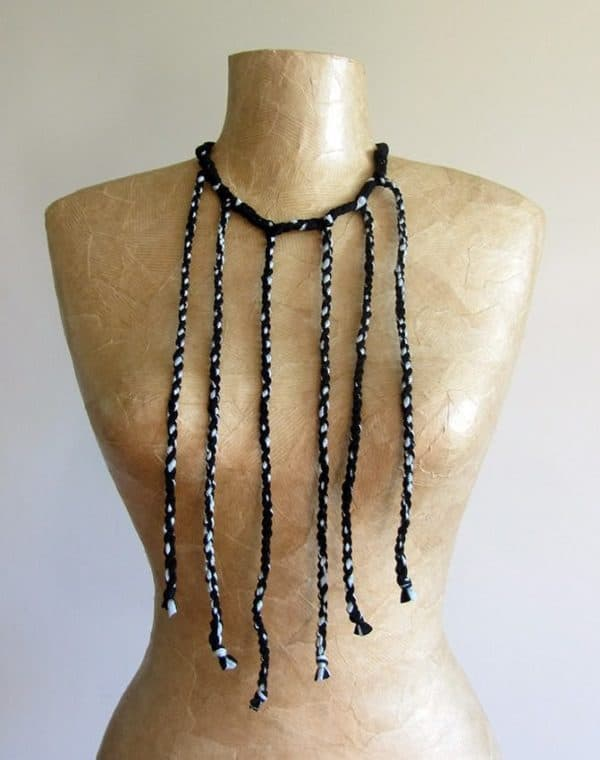 plaited-necklace