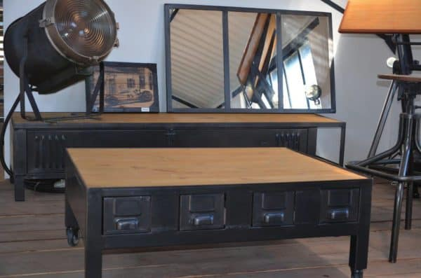 Industrial coffee table with drawers table basse for Table basse roulette industrielle