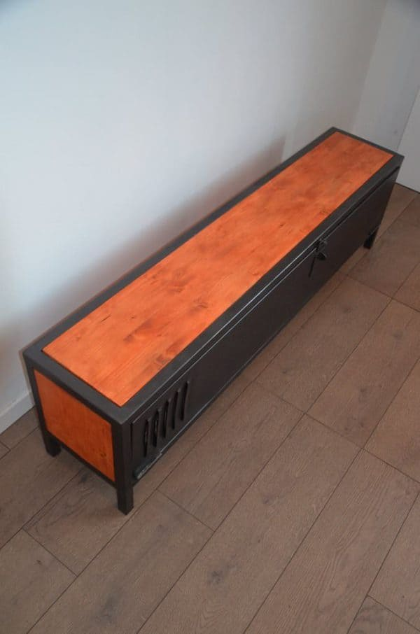Industrial Wood & Metal TV Stand / Meuble TV Bois Et Métal Néo Industriel Recycled Furniture
