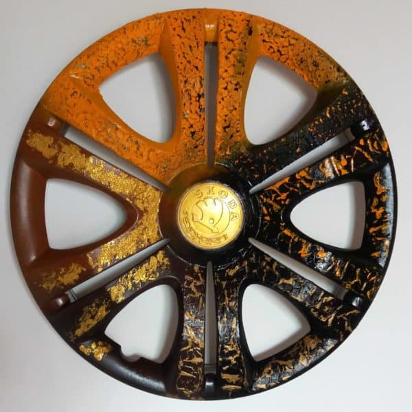 recyclart.org-recycled-hubcaps-original-abstract-painting8