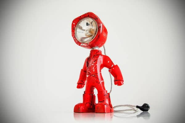 The Lampster: Little Robot Lights From Upcycled Vehicle Lamps 14