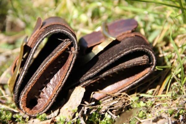 recyclart.org-leather-scraps-purses1