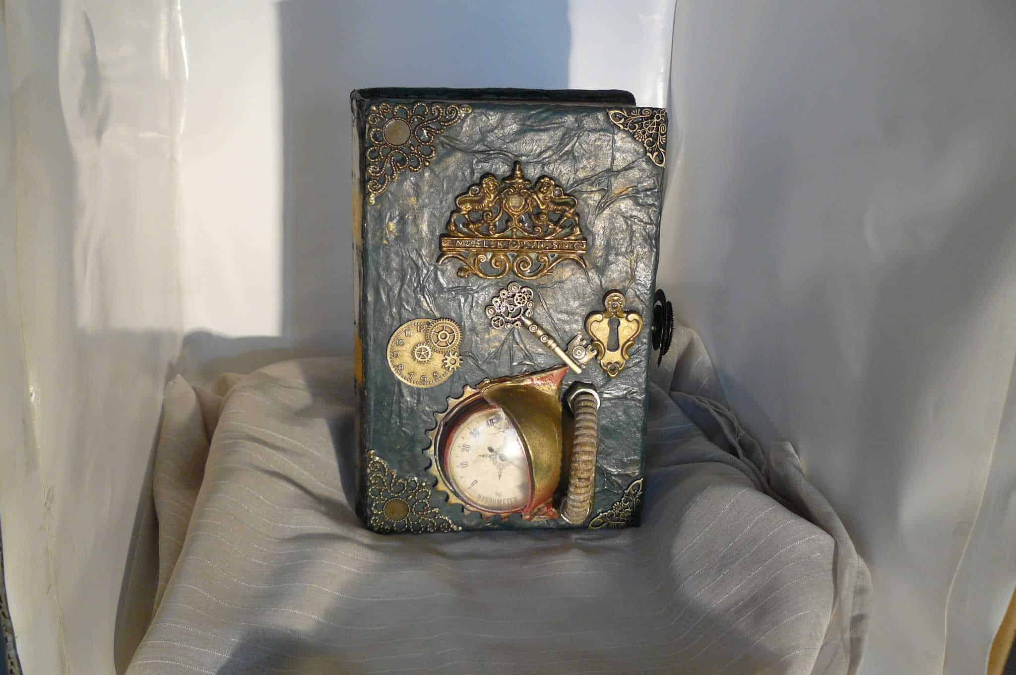 Steampunk Book Tribute To Jules Verne Recyclart