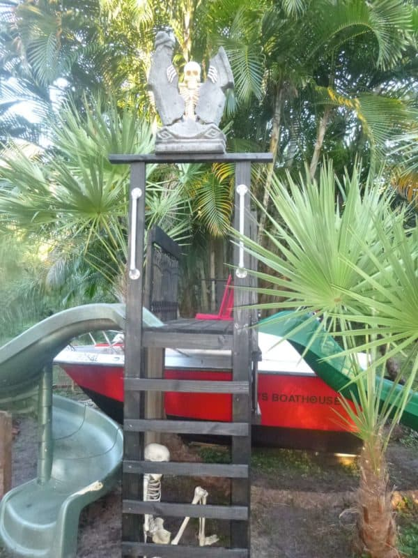 Old Boat Repurposed Into Kids Playhouse Garden Ideas Mechanic & Friends
