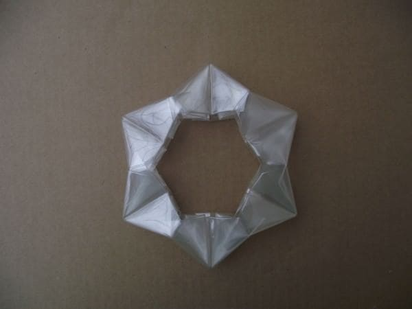 recyclart.org-plastic-bottle-origami