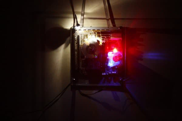 recyclart.org-motherboard-clock-cum-dim-arc-light2