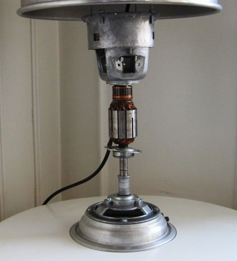 recyclart.org-upcycled-table-lamp4