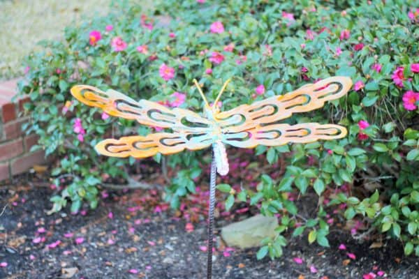 Upcycled Dragonfly Stakes Garden Ideas