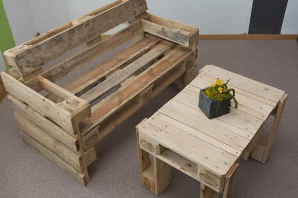 Recycling Unused Garage Items Into Home Decor Treasure Recycled Pallets