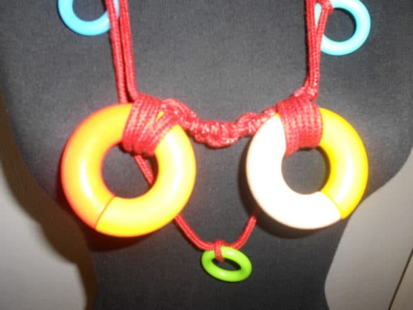 recyclart.org-up-cycled-necklace1
