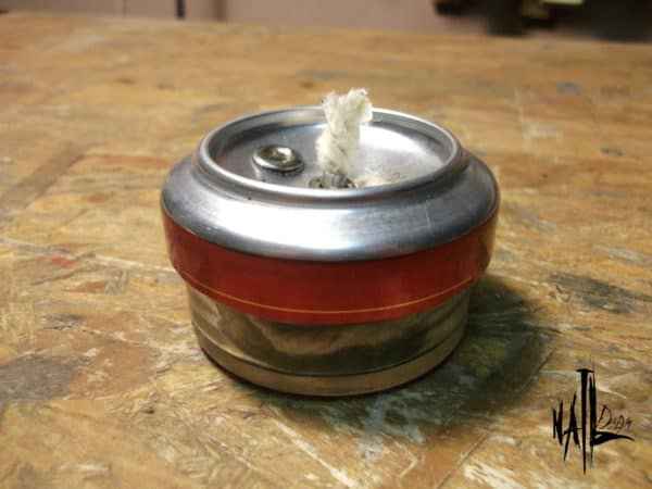 recyclart.org-burner-from-aluminum-can-and-glass-jar-how-to5