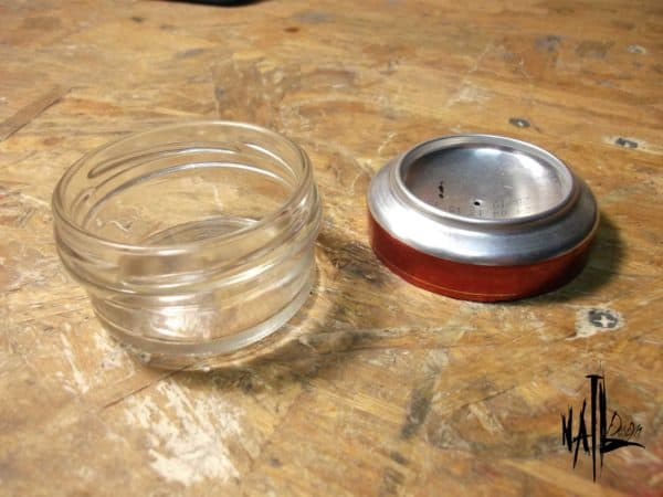 recyclart.org-burner-from-aluminum-can-and-glass-jar-how-to1