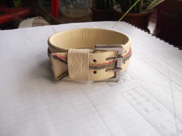 recyclart.org-bracelets-from-leather-waste1