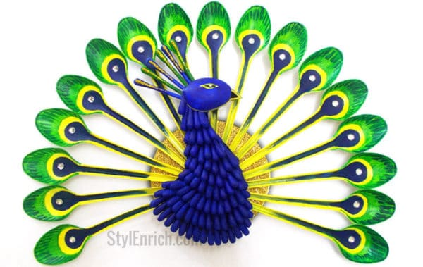 Diy: How To Make Beautiful Peacock With Plastic Spoon Do-It-Yourself Ideas Recycled Art