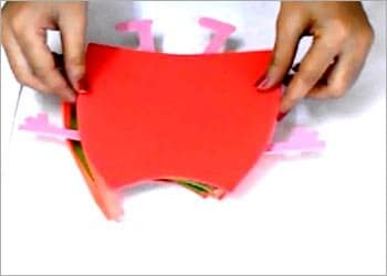 Recycled Kid's Craft: DIY Peppa Pig Pencil Pouch Do-It-Yourself Ideas Recycled Cardboard