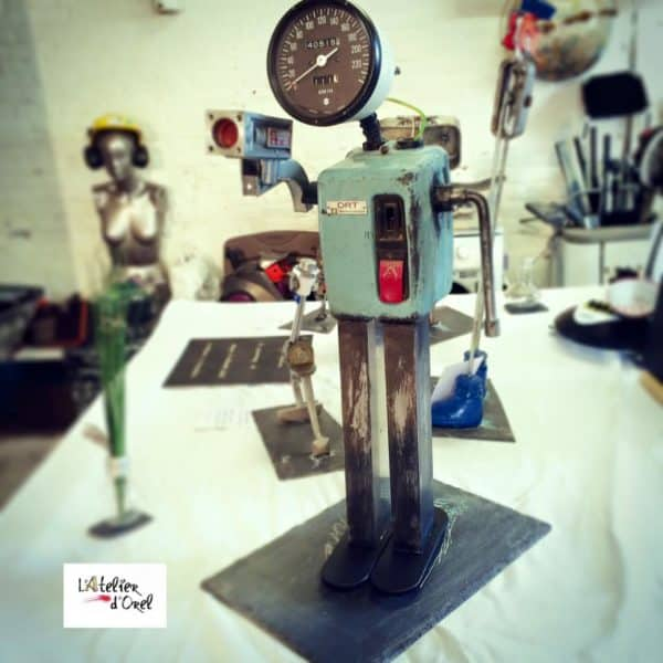 Xc De Vitesse / Recycled Car Parts Robot Recycled Art Recycling Metal