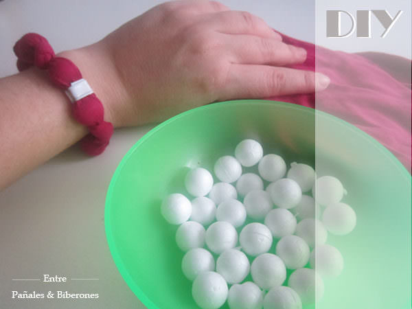 Diy: Bracelet or Necklace With An Old T-shirt / Crea Tu Pulsera O Collar Con Una Vieja Camiseta Accessories Do-It-Yourself Ideas