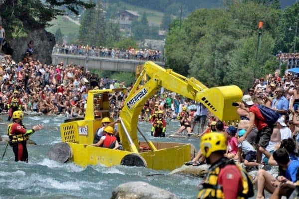 The Carton Rapid Race: Built Your Boat With Recycled Cardboard & Race Do-It-Yourself Ideas