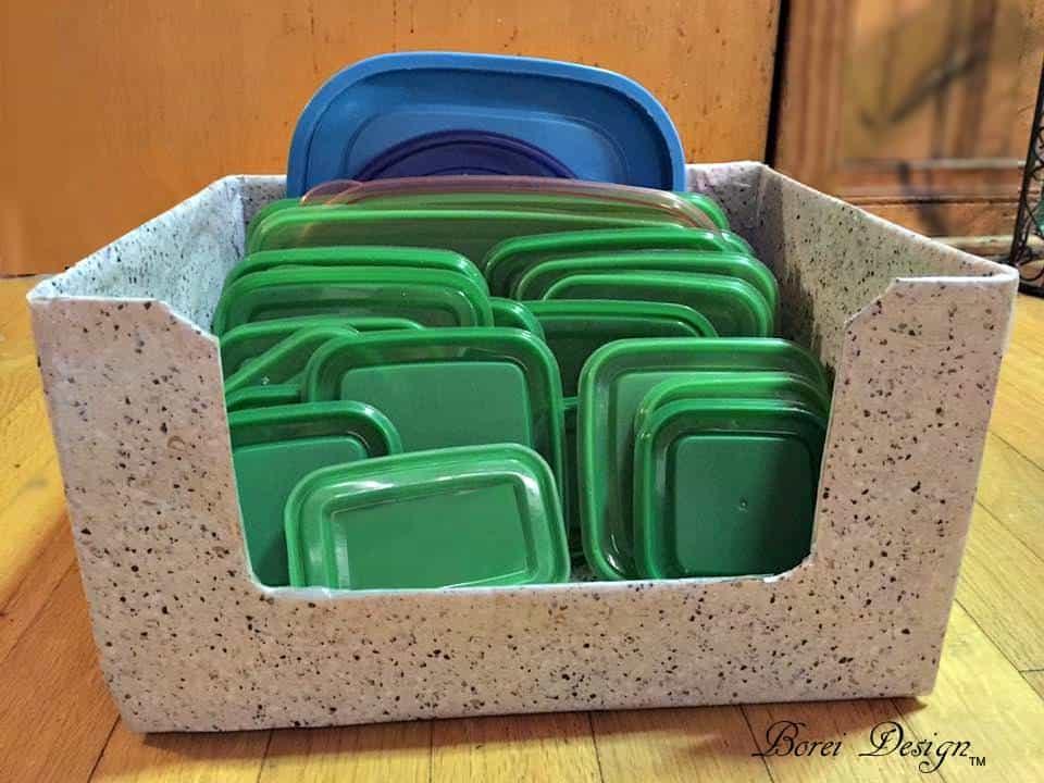 Freebie Diy: Recycled Food Storage Lid Organizer • Recyclart