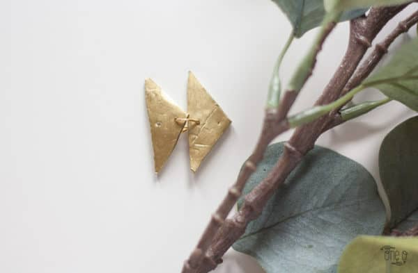 Diy: Gold Triangle Pendant Earrings Do-It-Yourself Ideas Upcycled Jewelry Ideas