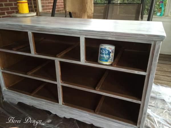 how-to-primer-paint-furniture-dresser-makeover