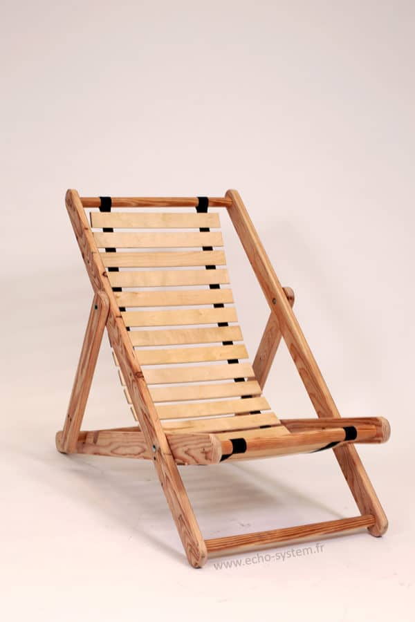 Pallet Wood & Bed Slats Upcycled into Comfortable Chair