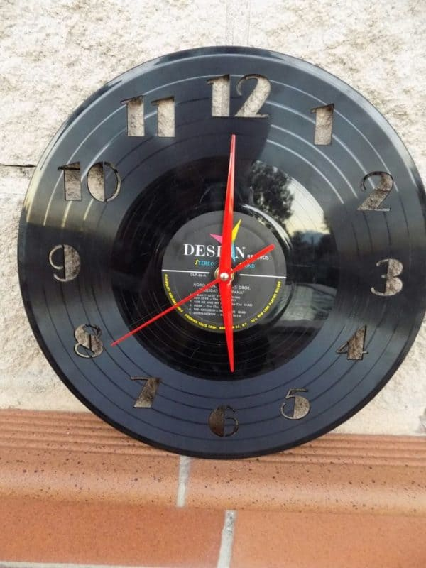 "Upcycled 12"" Vinyl Record Into Wall Clock"