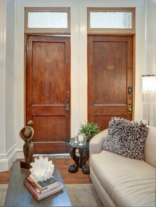 Top 10 Repurposed Door Uses Into Shabby Chic Home Décor Home Improvement