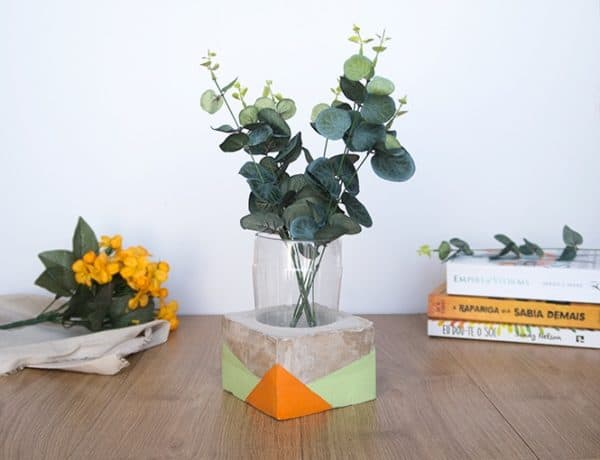 Diy Video Tutorial: Plastic Bottle Cement Vase