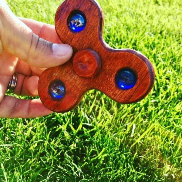 Diy Video Tutorial: Marble Fidget Spinner Diy video tutorials Do-It-Yourself Ideas Wood & Organic