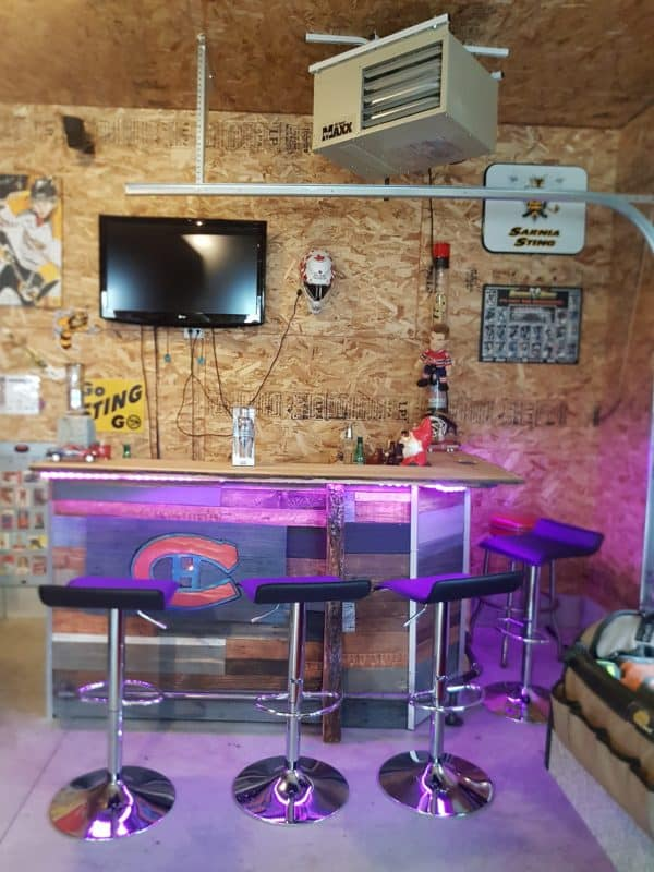Led-lit Fractal-burned Pallet Bar For Your Man Cave