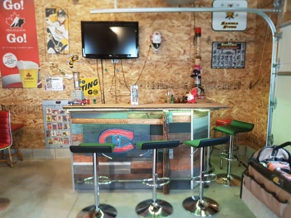 Man Cave Bar Out Of Pallets : Led lit fractal burned pallet bar for your man cave