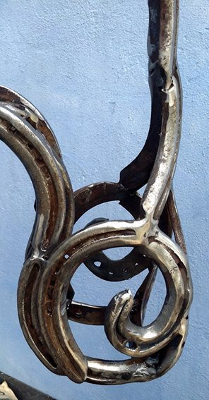 Life-size Horse's Head Horseshoe Sculpture Recycled Art Recycling Metal