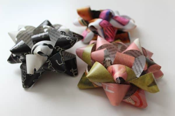 Wrapping Ideas turn magazines into pretty bows!