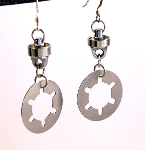 Camera Jewelry Created Using Old Broken Photog Equipment! Upcycled Jewelry Ideas
