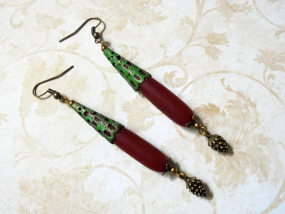 Pinecone earrings are one of our wearable Pinecone Ideas. They make great gifts.