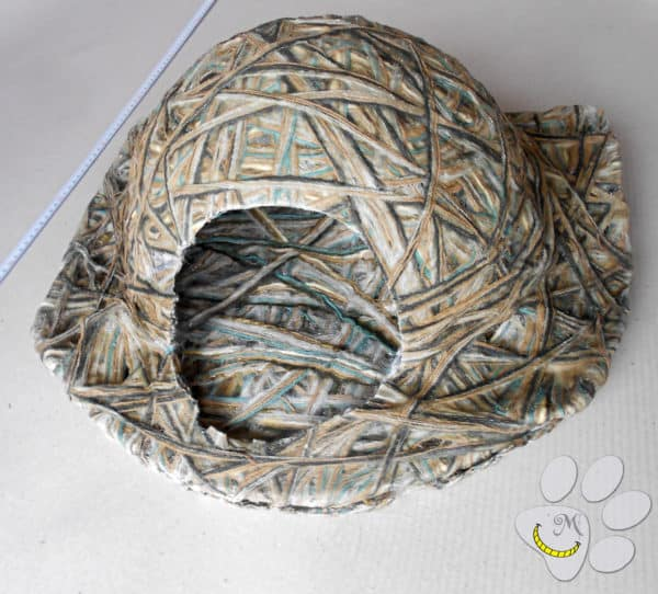 Diy Yarn-mache Pet Igloo For Dogs & Cats! Diy video tutorials Recycling Paper & Books