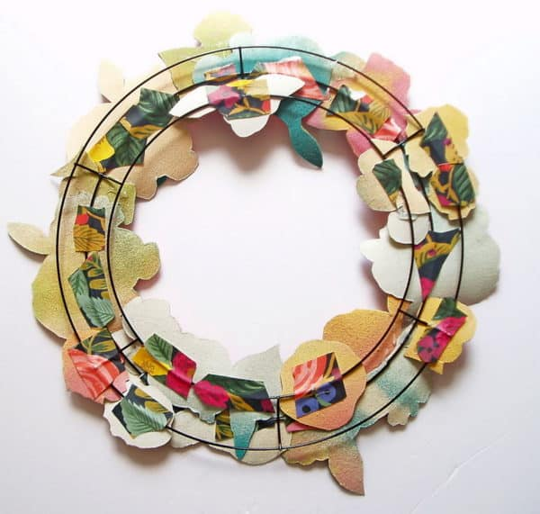 Upcycled Gift Wrap Wreath: Trash Into Gorgeous Decor! Home & décor Recycling Paper & Books