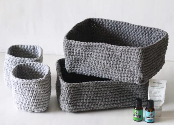 Create round, square, or rectangular T-shirt Yarn Baskets for any room of the house!