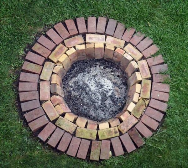 14 Ways To Reuse Old Bricks In Your Garden Garden Ideas