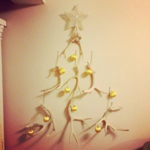 MayDae-Antler-Christmas-Tree-Yellow-Vintage-Ornaments