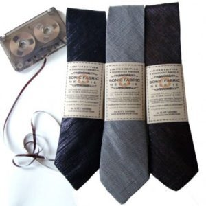 Recycled-Cassette-Tape-Necktie-recyclart