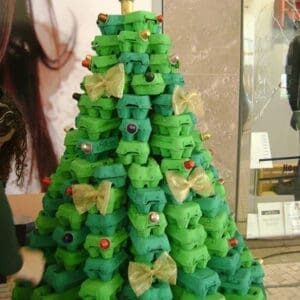 DIY-Egg-Carton-Xmas-tree