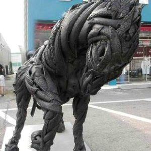 horse-made-from-recycled-tires