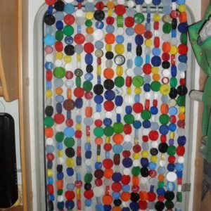 Bottle-stopper-curtain-01
