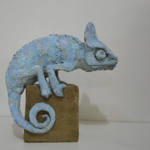 recyclart.org-solid-recycled-cardboard-animal-sculptures