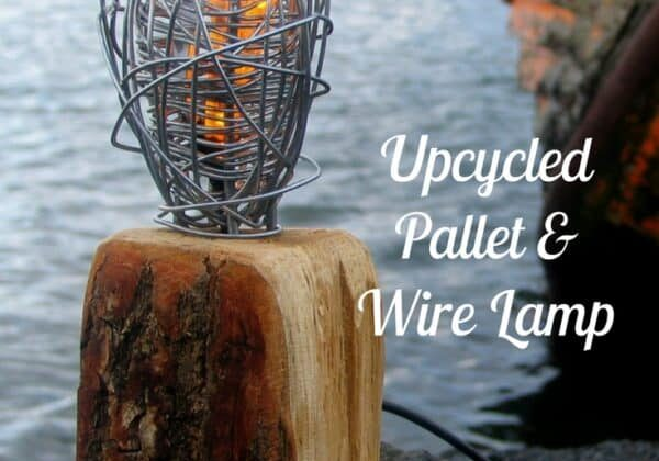 recyclart.org-twisted-wire-pallet-lamp-upcycles-two-products-01